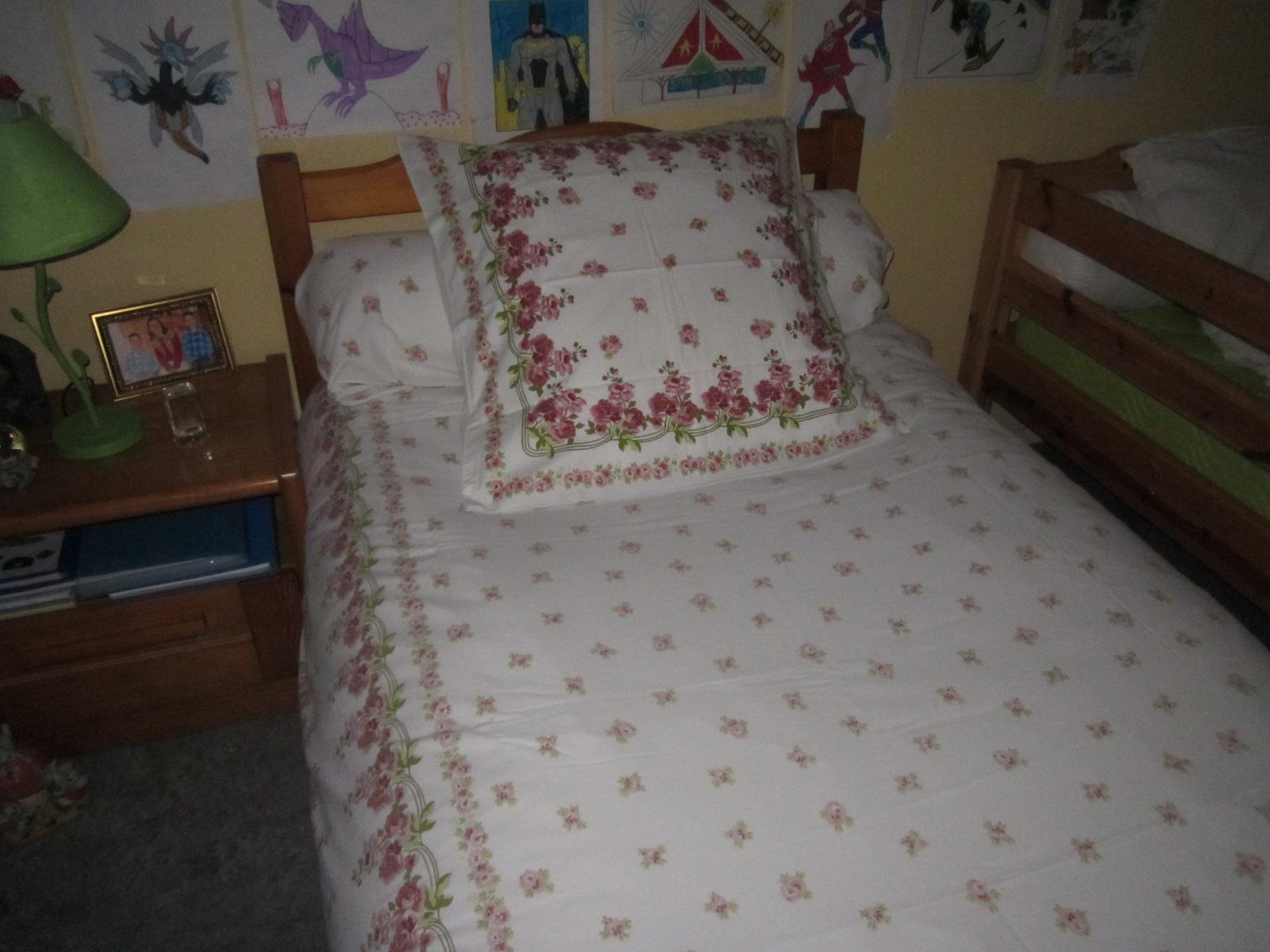 la deuxi me vie d 39 un drap fleuri. Black Bedroom Furniture Sets. Home Design Ideas